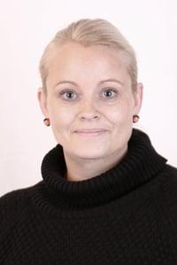 Neel Hastoft Carlsen, Gemeindesekretärin