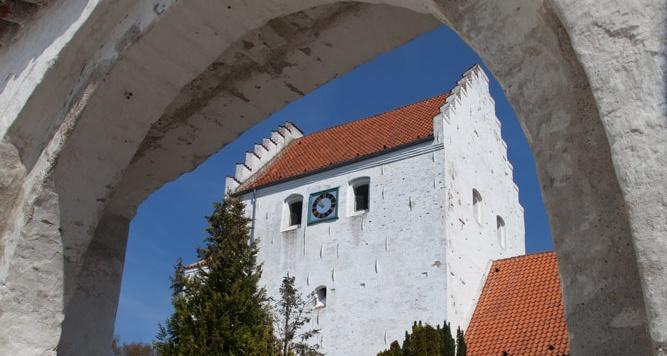 Sådan hjælper ChurchDesk med planlægningen i Samsø sogn