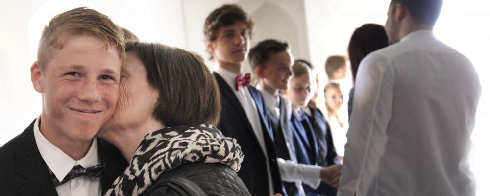 Konfirmandenzeit und Konfirmation gehören zu den wichtigsten Ereignissen im Leben eines jungen Christen. Die Anmeldung ist eigentlich nur eine Formalität. Oder nicht?
